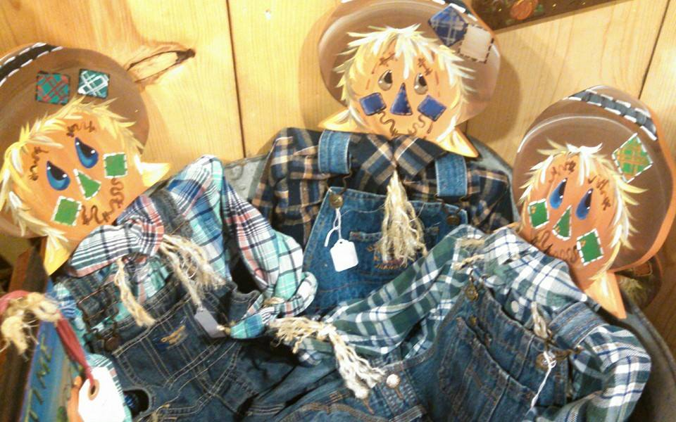 Small Hanging Scarecrows